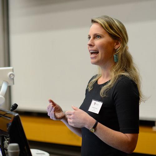 Dr Jacqueline Thomas