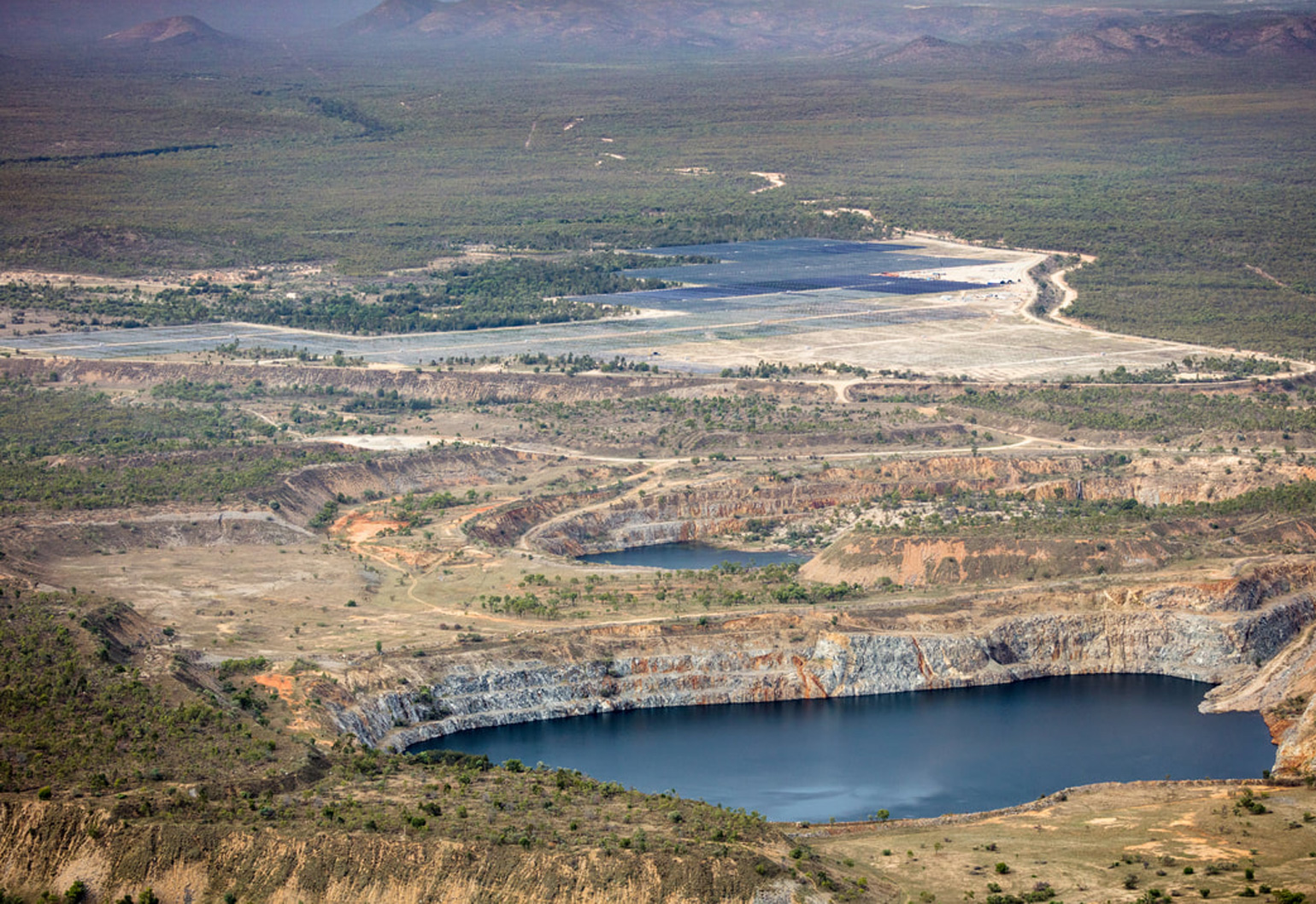 Kidston gold mine is transformed into a hybrid solar and pumped hydro renewable energy project